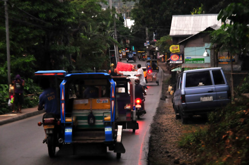 boracay road.jpg