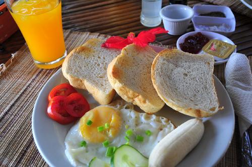 continentarl breakfast.jpg