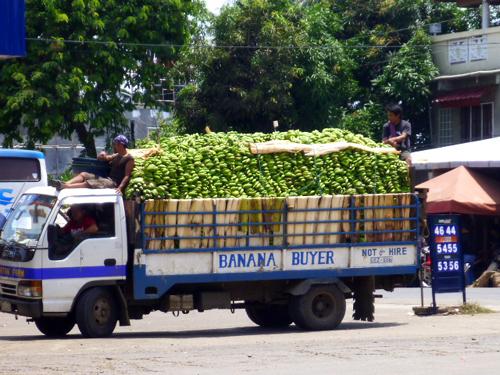 banana truck.jpg