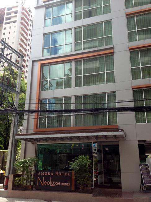 bkk hotel outside.jpg