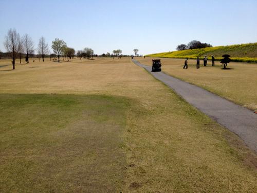 menuma golf spring 1tee.jpg