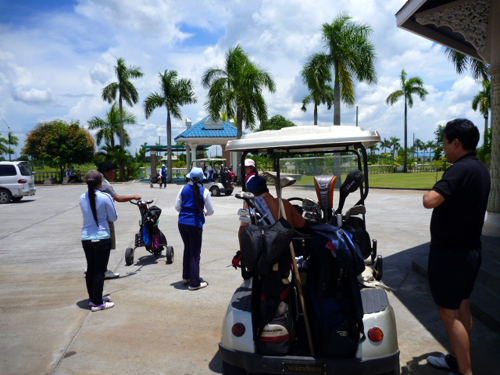 ange golf4.jpg