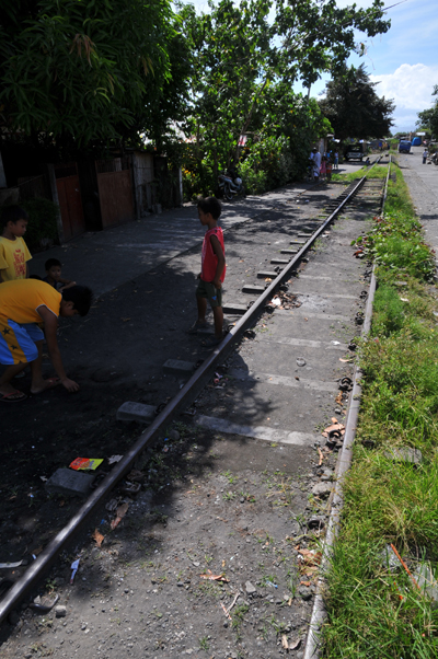rail way in daraga.jpg